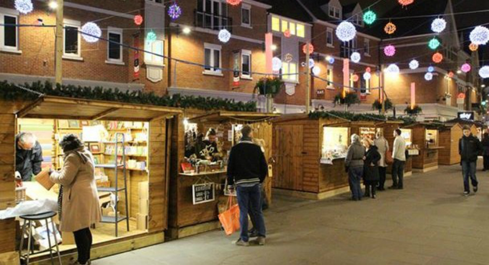 christmas-market-in-whitefriars-canterbury-608x330