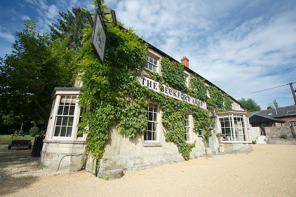 the-beckford-arms-inn-in-wiltshire