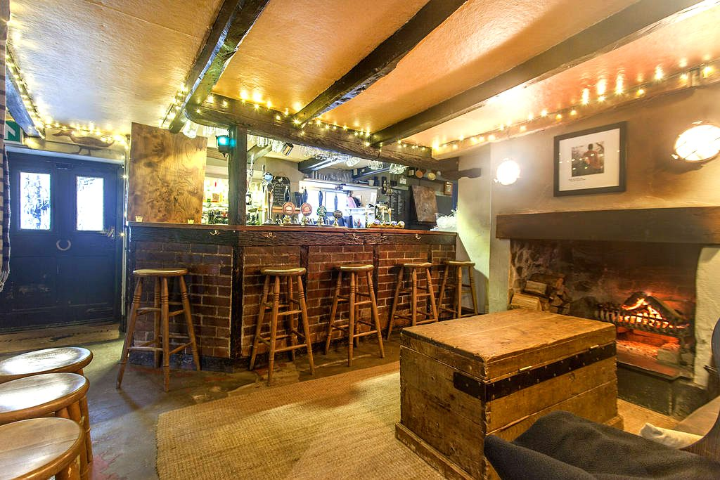 The Millbrook Inn - Devon - Seafood pubs